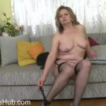 Mature Porn Video – Mature.nl presents Bella S. (51) in Naughty mature Bella playing with herself – 17.01.2018 (MP4, FullHD, 1920×1080)