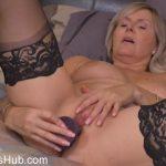 Mature Porn Video – Mature.nl presents Velvet Skye (56) in Canadian housewife Velvet Skye fingering herself – 15.01.2018 (MP4, FullHD, 1920×1080)
