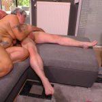 Mature Porn Video – PornDoePremium – HausfrauFicken presents Brigitte T. in Tattooed chunky German granny sucks and fucks her badass husband – 24.10.2016 (MP4, SD, 854×480)